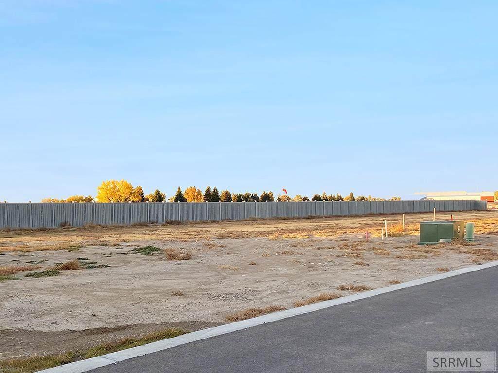 801 Harborside Loop - Photo 1