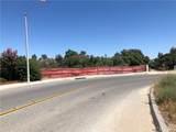 18498 Cactus Avenue - Photo 2
