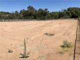 18498 Cactus Avenue - Photo 3