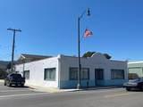 481 Ventura Avenue - Photo 2