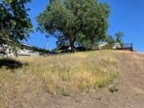 2720 Lakeview Drive - Photo 1