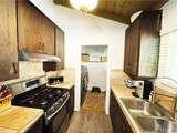 2922 Douglas Terrace - Photo 8
