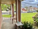 2621 Montecito Drive - Photo 3