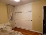 5940 Lindley Avenue - Photo 11