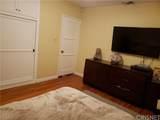 5940 Lindley Avenue - Photo 12