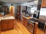 2878 Wainwright Avenue - Photo 9