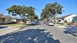 4561 Adenmoor Avenue - Photo 11