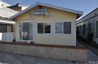 914 W Balboa Boulevard, Newport Beach, CA 92661 (#NP17060330) :: Fred Sed Realty