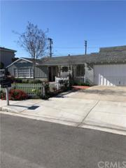 491 16th Place, Costa Mesa, CA 92627 (#OC17061963) :: Fred Sed Realty