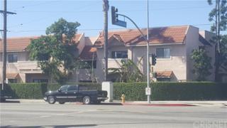 10943 Laurel Cyn Boulevard B20, San Fernando, CA 91340 (#SR17080395) :: Fred Sed Realty