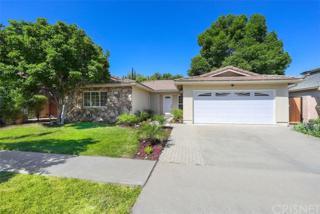 6207 Hesperia Avenue, Encino, CA 91316 (#SR17086644) :: Fred Sed Realty