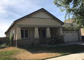 1975 Silver Drop Lane, Hemet, CA 92545 (#SW17091824) :: RE/MAX Estate Properties