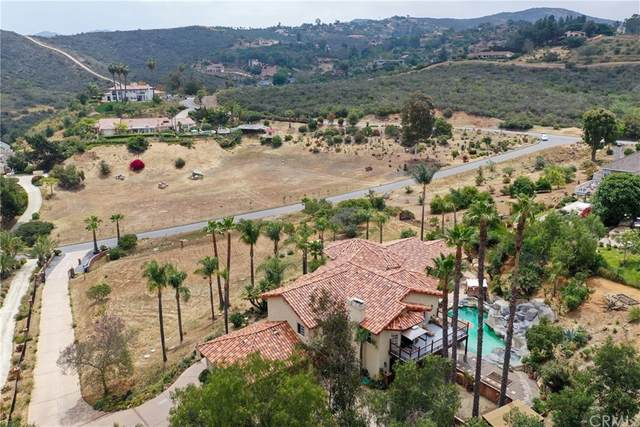 2444 Flametree Rd, Vista, CA 92084 (#OC21100997) :: The Marelly Group   Sentry Residential