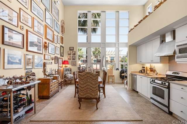 934 E Santa Ana Boulevard, Santa Ana, CA 92701 (#PW21135135) :: Better Living SoCal