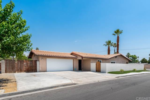 43775 Portola Avenue, Palm Desert, CA 92260 (#SR21132121) :: Necol Realty Group
