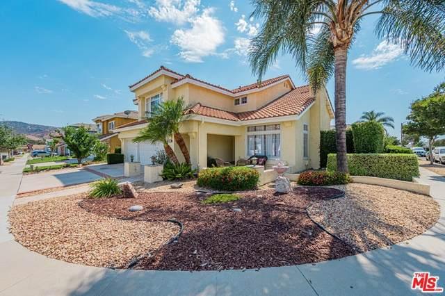 2249 Desert Creek Avenue, Simi Valley, CA 93063 (#21756588) :: Jett Real Estate Group