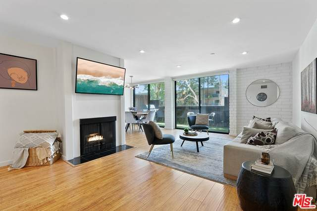 15515 W Sunset Boulevard A06, Pacific Palisades, CA 90272 (#21755452) :: The Marelly Group | Sentry Residential