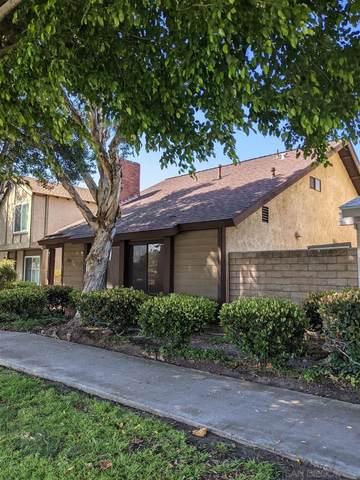 10815 Escobar Drive, San Diego, CA 92124 (#210019589) :: Robyn Icenhower & Associates