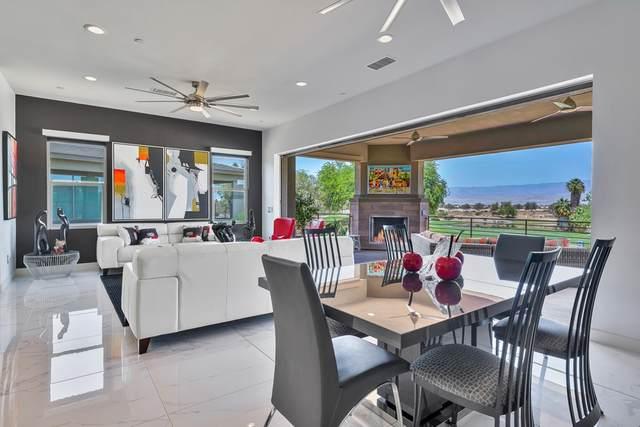203 Retreat Circle, Palm Desert, CA 92260 (#219064912DA) :: Latrice Deluna Homes