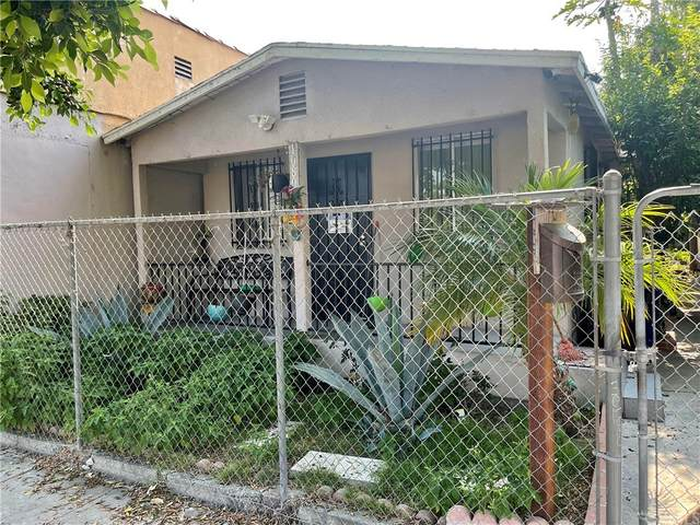 10806 Juniper Street, Los Angeles (City), CA 90059 (#MB21156446) :: Robyn Icenhower & Associates