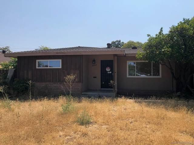 2367 Golden Ave, Lemon Grove, CA 91945 (#210020195) :: Robyn Icenhower & Associates