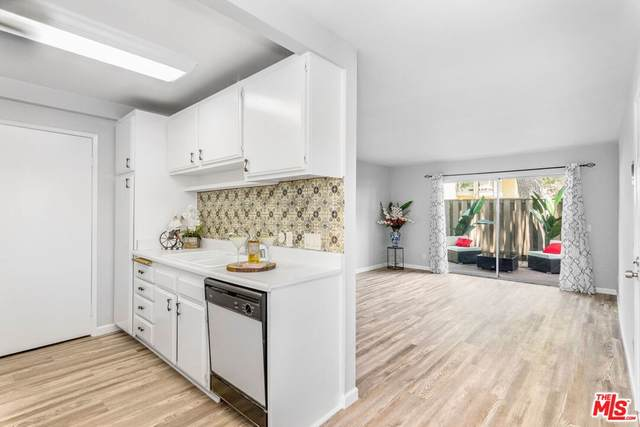 20704 S Vermont Avenue #11, Torrance, CA 90502 (#21763158) :: Mark Nazzal Real Estate Group