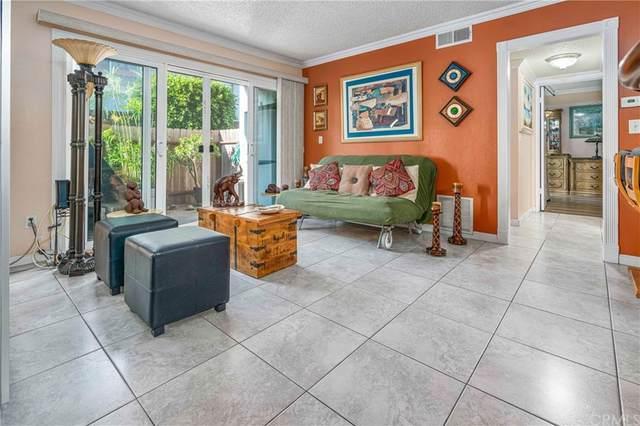 2521 W Sunflower Avenue P2, Santa Ana, CA 92704 (#OC21158789) :: RE/MAX Empire Properties