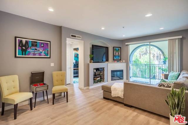 12963 Runway Road #321, Playa Vista, CA 90094 (#21763406) :: Mainstreet Realtors®