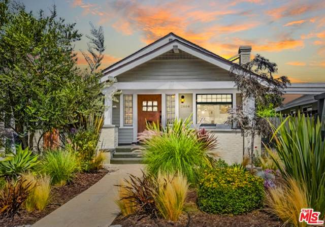 2804 2nd Avenue, Los Angeles (City), CA 90018 (#21762964) :: The Marelly Group   Sentry Residential