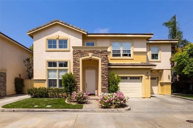 2450 Elden Avenue #F, Costa Mesa, CA 92627 (#NP21156690) :: Go Gabby