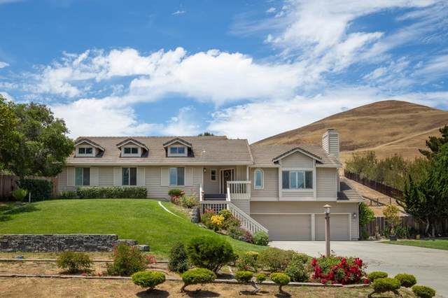 22180 Toro Hills Drive, Salinas, CA 93908 (#ML81852536) :: Robyn Icenhower & Associates