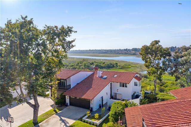 2969 Quedada, Newport Beach, CA 92660 (#OC21155499) :: The Laffins Real Estate Team