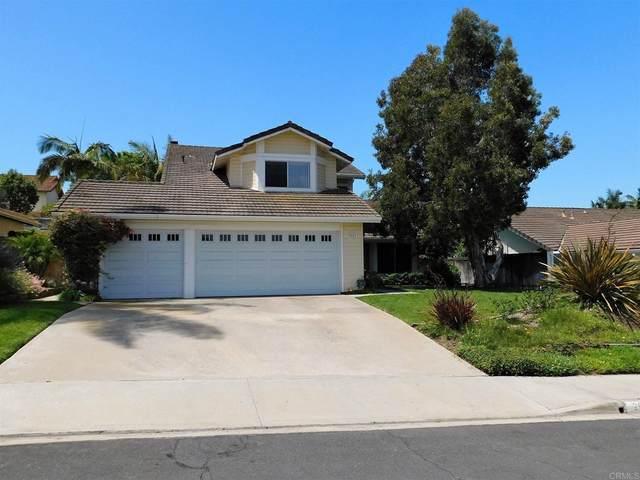 2621 La Golondrina Street, Carlsbad, CA 92009 (#NDP2108552) :: The Kohler Group