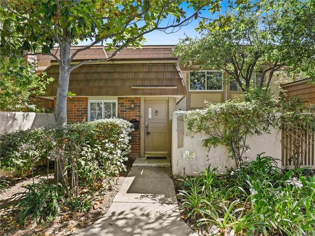 10327 Larwin Avenue, Chatsworth, CA 91311 (#BB21159275) :: Eight Luxe Homes