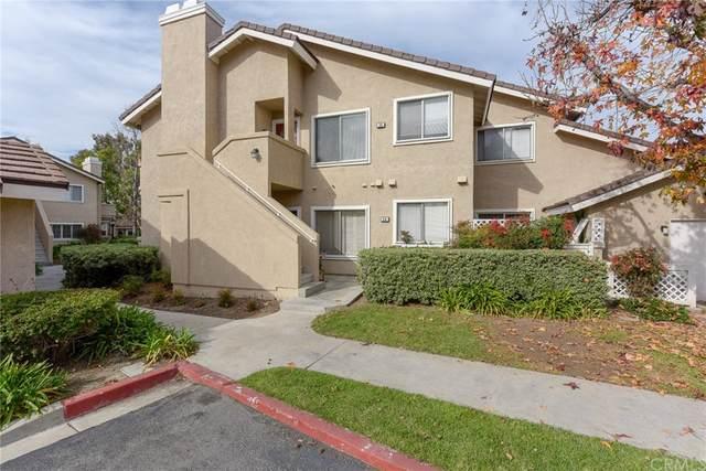 56 Greenmoor #28, Irvine, CA 92614 (#OC21160965) :: The Laffins Real Estate Team