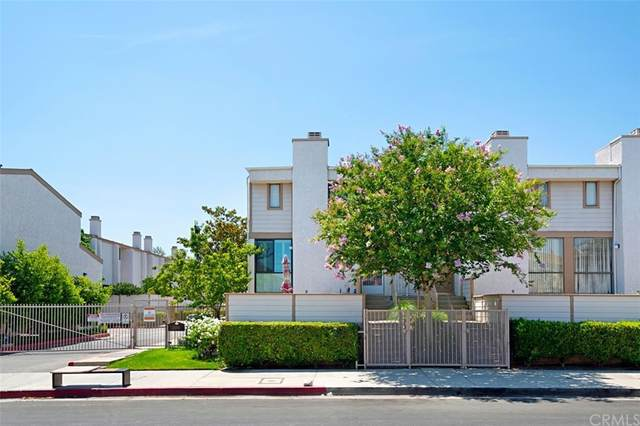 10231 Independence Avenue D21, Chatsworth, CA 91311 (#CV21160575) :: Eight Luxe Homes