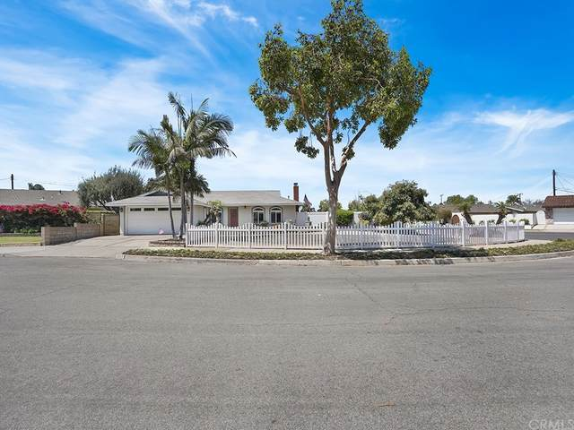 3289 Washington Avenue, Costa Mesa, CA 92626 (#NP21161080) :: The Kohler Group