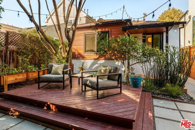1830 Walgrove Avenue, Los Angeles (City), CA 90066 (#21763298) :: The Miller Group