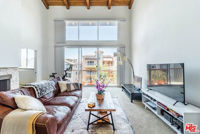 1520 Camden Avenue #302, Los Angeles (City), CA 90025 (#21759706) :: The Miller Group