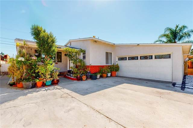 8944 Woodale Avenue, Arleta, CA 91331 (#SR21160761) :: Robyn Icenhower & Associates