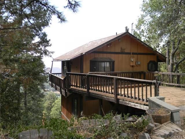 800 Chillon Drive, Crestline, CA 92325 (#IV21162038) :: Eight Luxe Homes
