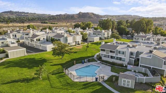 27068 Hidaway Avenue #6, Canyon Country, CA 91351 (#21764730) :: Jett Real Estate Group