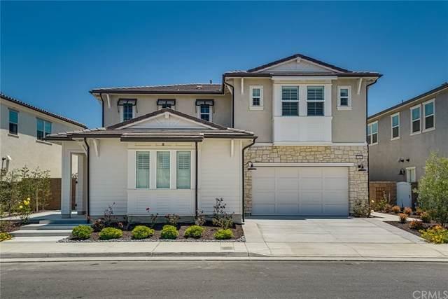 17322 Juniper Lane, Huntington Beach, CA 92649 (#OC21143228) :: Hart Coastal Group