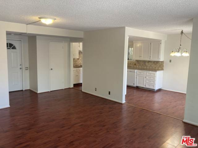 887 Victor Avenue #4, Inglewood, CA 90302 (#21764874) :: Eight Luxe Homes