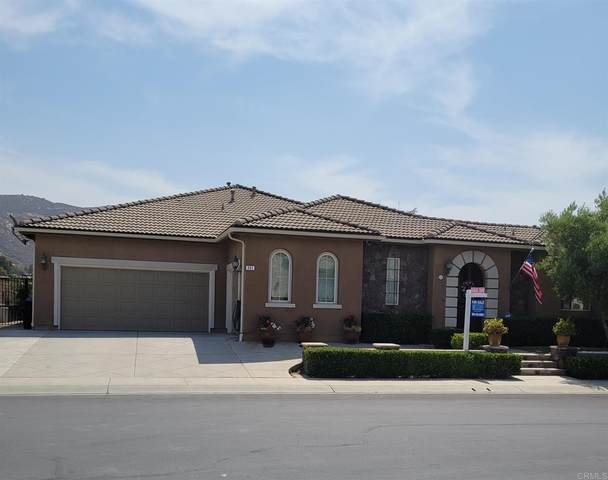 461 Melbourne, Escondido, CA 92026 (#NDP2108634) :: Mark Nazzal Real Estate Group