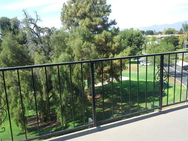 2385 W Via Mariposa 3B, Laguna Woods, CA 92637 (#OC21154229) :: RE/MAX Masters
