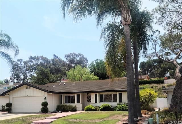 1231 La Mirada Avenue, Escondido, CA 92026 (#OC21162360) :: Mark Nazzal Real Estate Group