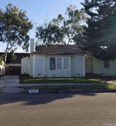 8961 Kramerwood Place, Los Angeles (City), CA 90034 (#IN21162583) :: The DeBonis Team