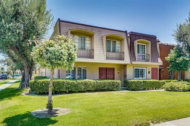 1738 W Glenoaks Avenue, Anaheim, CA 92801 (#OC21127378) :: The Kohler Group