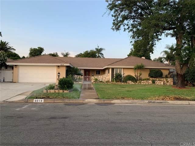 6019 Magnolia Avenue, Rialto, CA 92377 (#CV21162385) :: Jett Real Estate Group